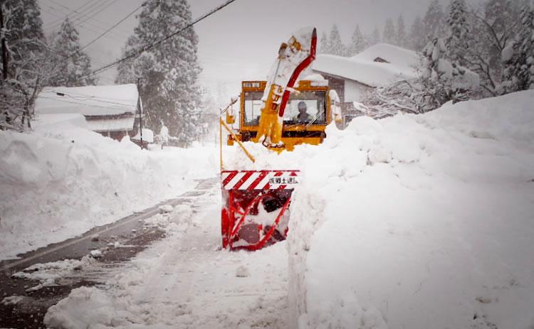 除 雪 <span>snow-removal</span>